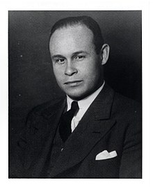 This image has an empty alt attribute; its file name is Charles_Drew.jpg